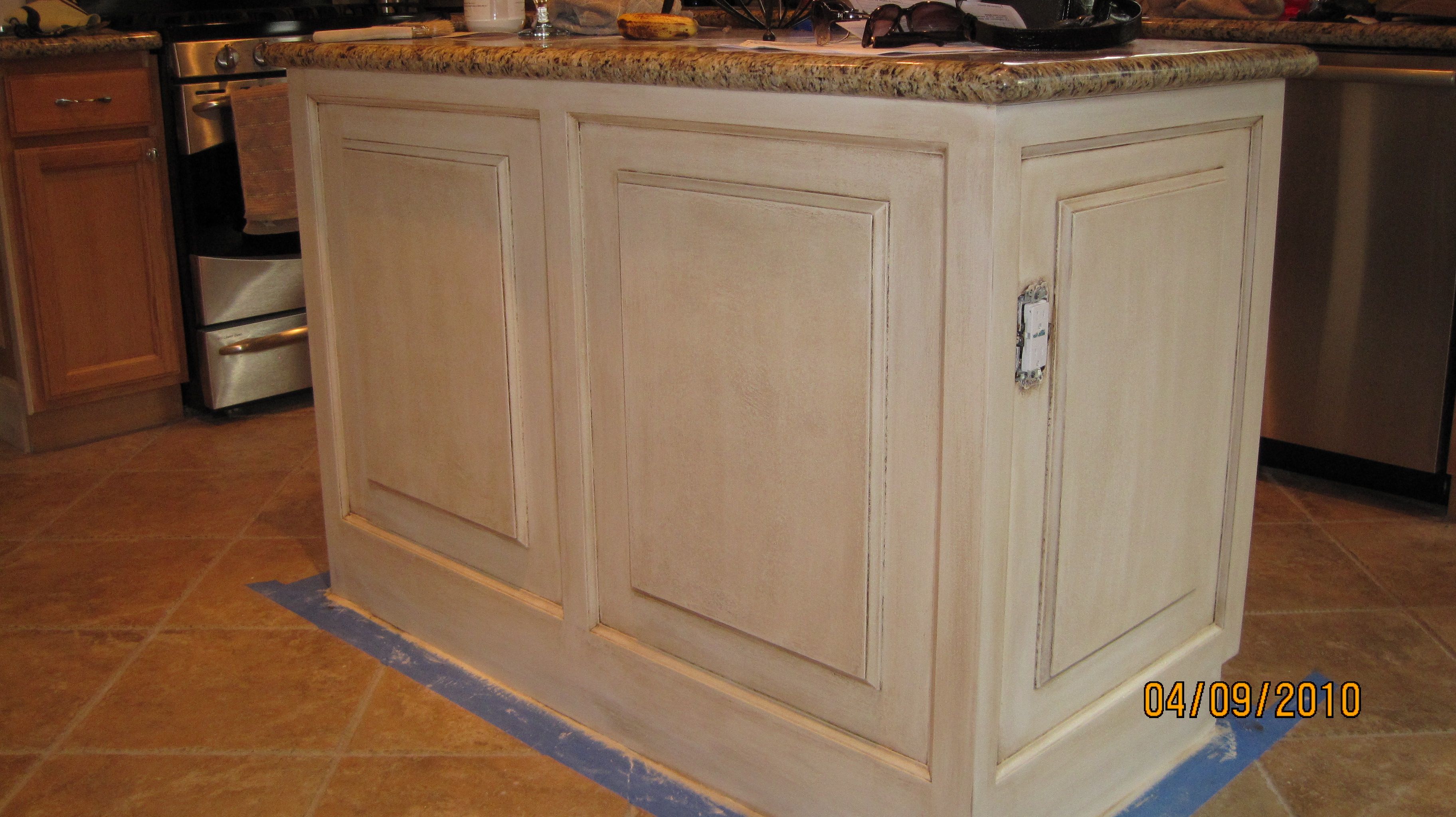 A better way to refinish your ugly old cabinets easy artisan for Caromal colours kitchen cabinets