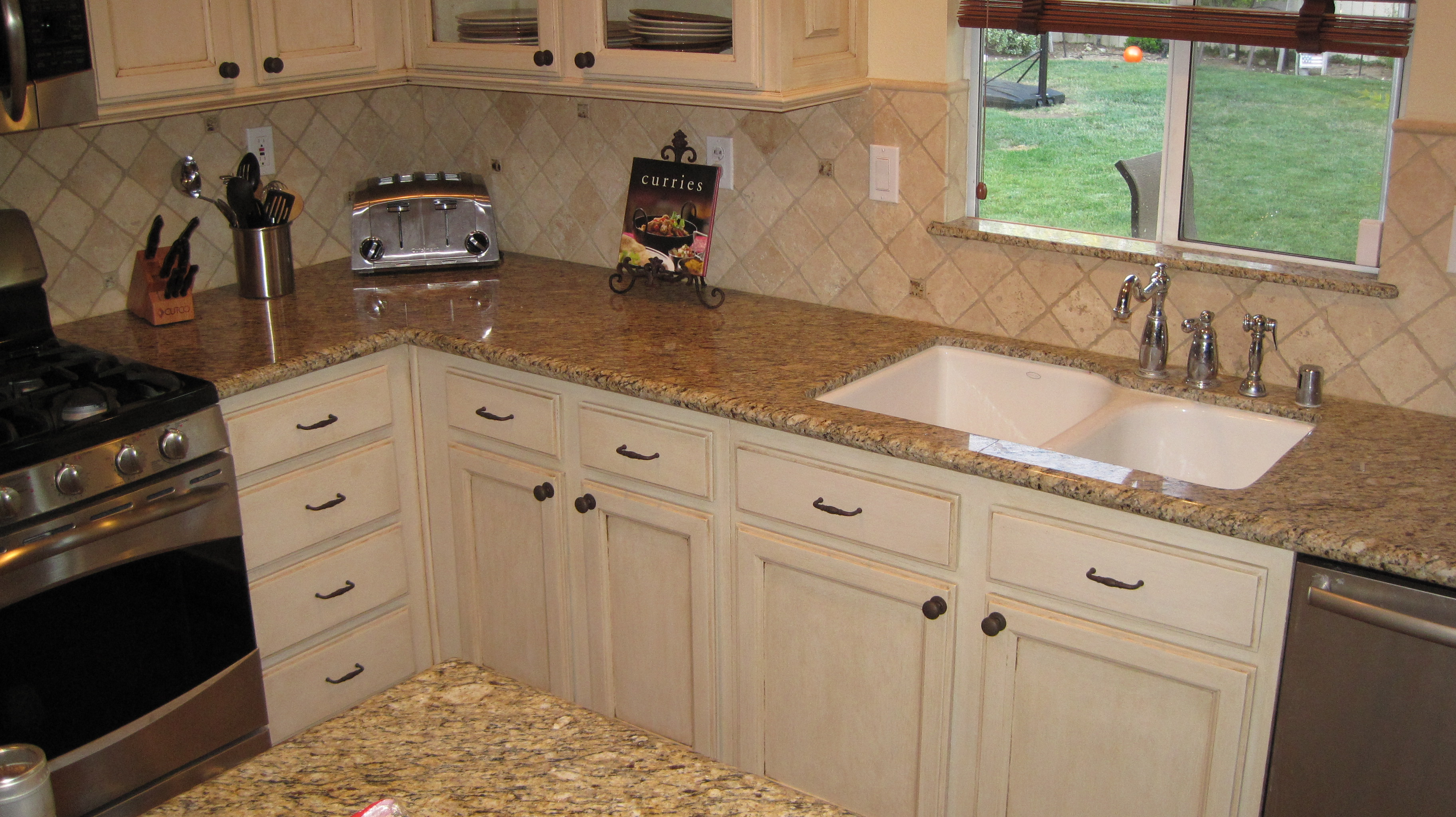 A better way to refinish your ugly old cabinets easy artisan for Ways to refinish kitchen cabinets